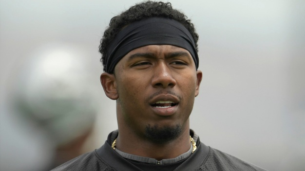 Oakland Raiders' Sean Smith Charged With Assault: DA