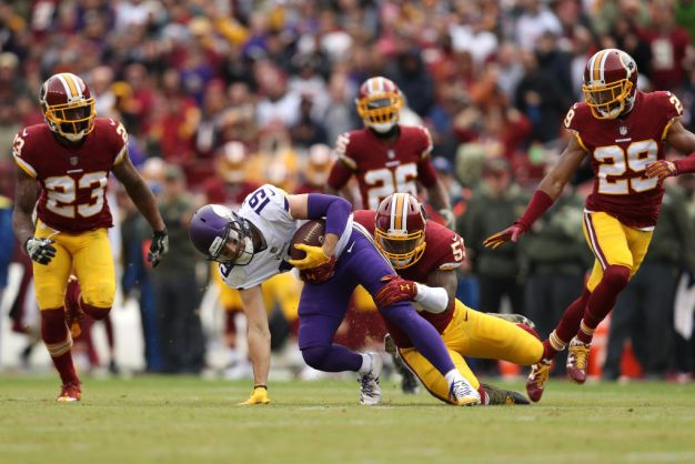 Keenum, Vikings Keep Rolling by Beating Redskins 38-30