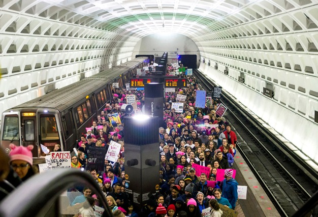 Metro Stations Jam-Packed as Women's Marchers Disperse