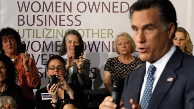 Romney Pivots To Economy at Virginia Event