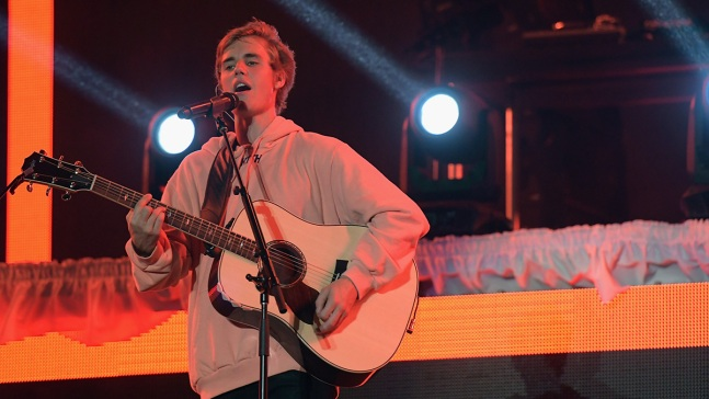 Bieber Cancels Rest of Tour for 'Unforeseen Circumstances'