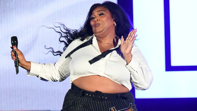 Lizzo Sued After Ordering Food Delivery in Boston