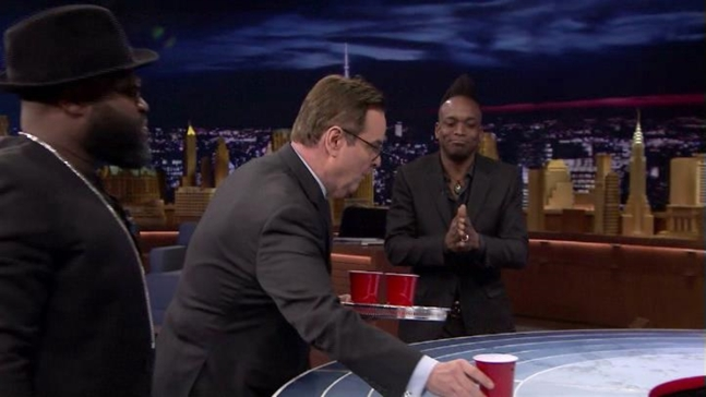 'Tonight Show': Musical Beers with Ryan Reynolds and Katie Holmes