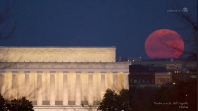 "Look for a ""Super Moon"" This Weekend"