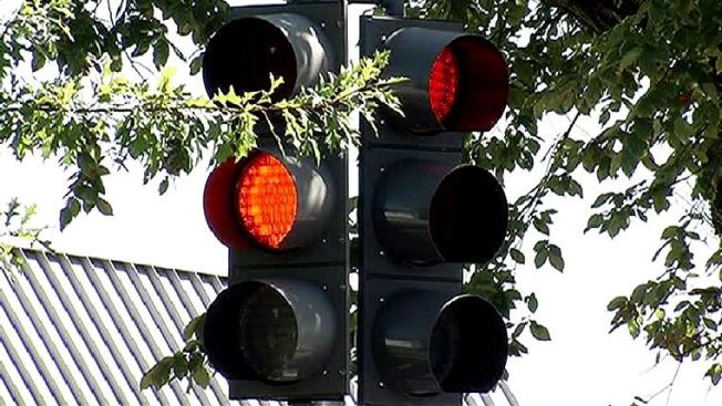 Many D.C. Area Traffic Lights Improperly Timed, Unchecked for Years