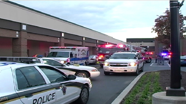 Hazmat Team Called to Mall After Woman Screams She Has Ebola