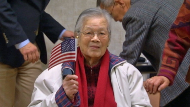 100-Year-Old Woman Becomes Citizen in Calif.