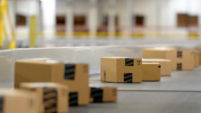Amazon Expands Same-Day Delivery Service in D.C.