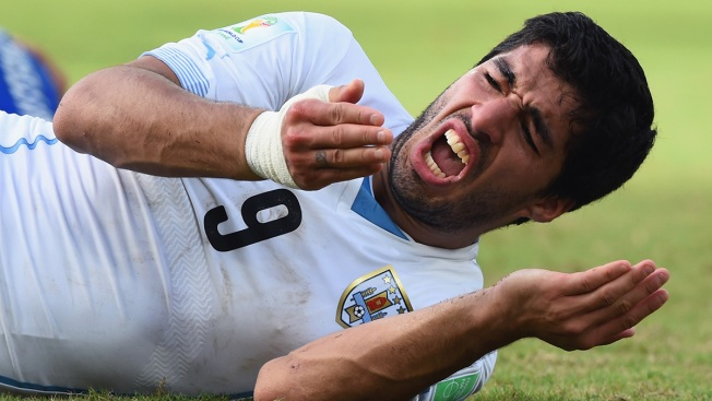 FIFA, Players' Union: Suarez Needs Treatment After Biting Opponent