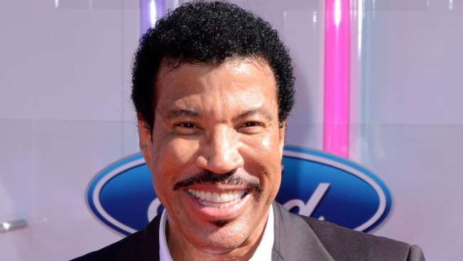 """Lionel Richie's Name Misspelled as """"Ritchie"""" at BET Awards as He Accepts Lifetime Achievement Award"""