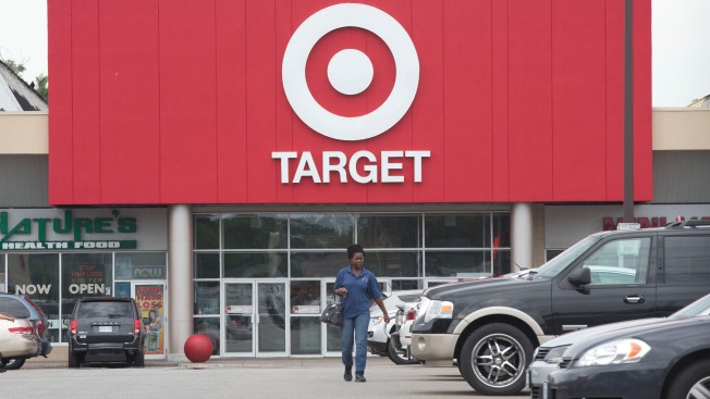 Target Canada Shuts Down Stores After Failed Expansion Bid