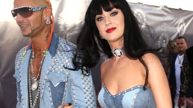 MTV VMAs: Katy Perry Does Her Best Britney Spears in Throwback Denim