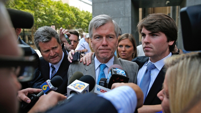 Former Gov. Bob McDonnell Wants New Trial Over Jury Issues