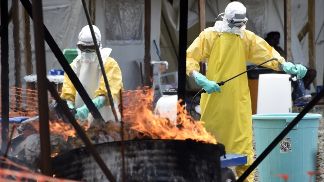 U.S. Doctor Exposed to Ebola Virus Admitted to NIH