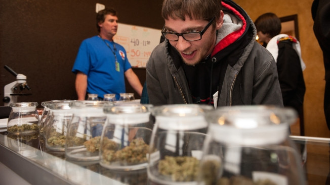 Oregon Voters Legalize Recreational Marijuana