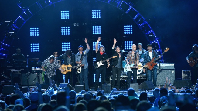 Country Group Alabama to Join July 4 D.C. Concert With Manilow