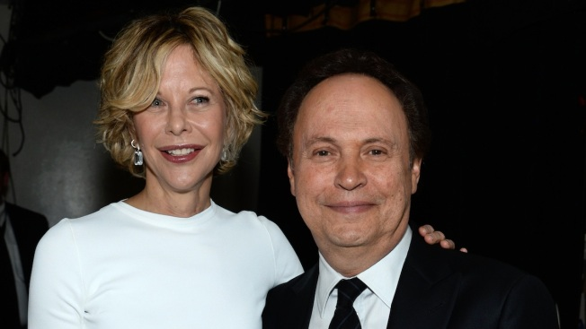 """Meg Ryan and Billy Crystal Reunite 25 Years After """"When Harry Met Sally"""""""