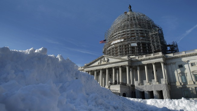 Your Blizzard Emergency Checklist: 15 Things to Do NOW