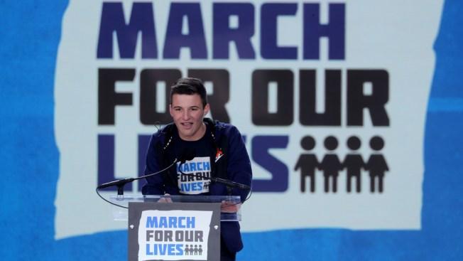 Parkland Survivor Hosts Fundraiser for Jacksonville Shooting Victims, NFL Star to Appear
