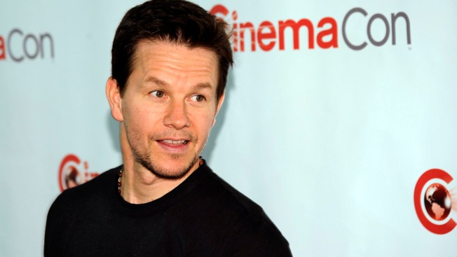 Slime Time: Wahlberg Hosts Kids' Choice Awards