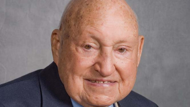 Chick-fil-A Founder S. Truett Cathy Dies at 93
