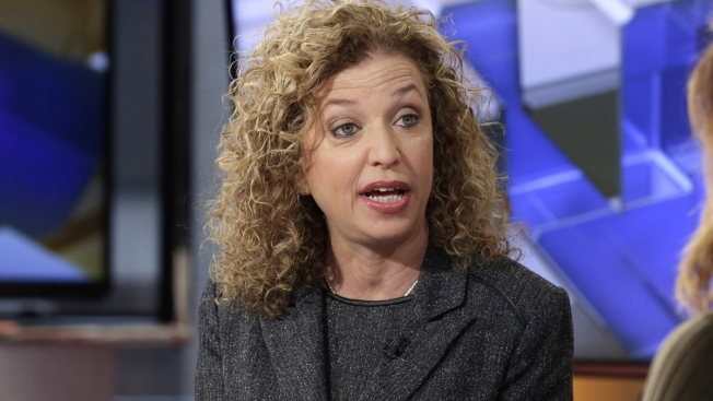 Ousted From DNC, Wasserman Schultz Fighting to Stay in House