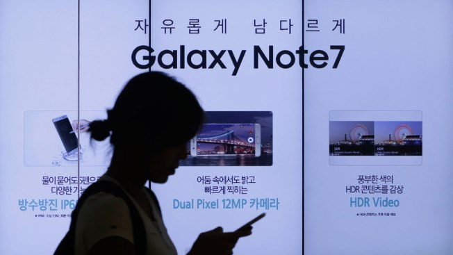 FAA Issues Warning About Samsung Phones on Planes Due to Exploding Batteries
