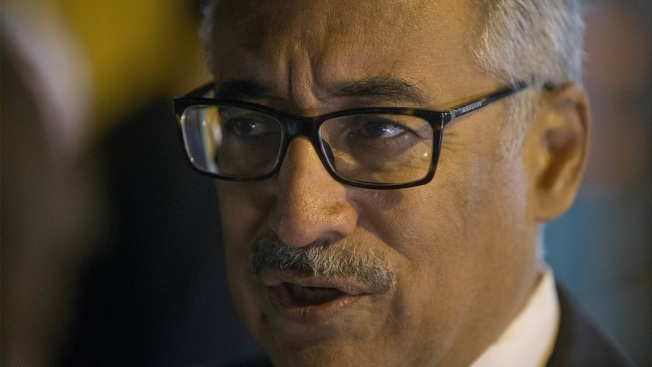 Rep. Bobby Scott Walks Fine Line Toward Kaine's Senate Seat