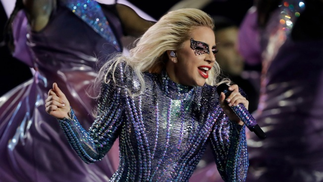 Lady Gaga Postponing First Stop of Dive Bar Tour