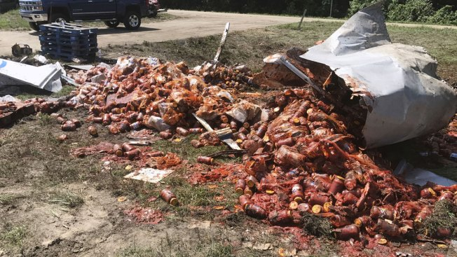 Uh Oh! Spaghetti Sauce Goes Flying in Latest Arkansas Highway Food Spill