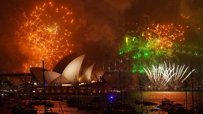 [NATL] 'Happy New Year': 2018 Celebrations in Photos