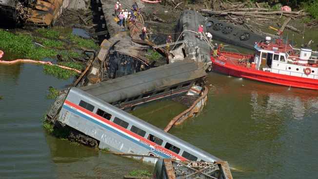 'They Did It Again': 1993 Amtrak Disaster Survivor Relives Each New Crash