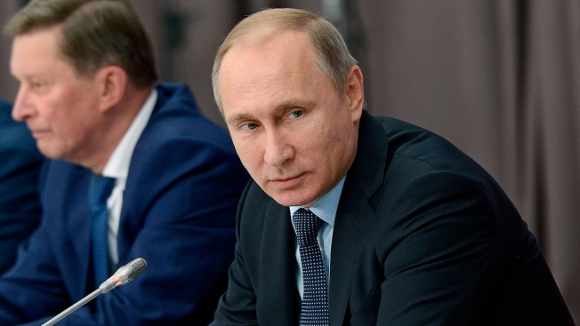 Putin Orders Economic Sanctions Against Turkey After Downing of Plane