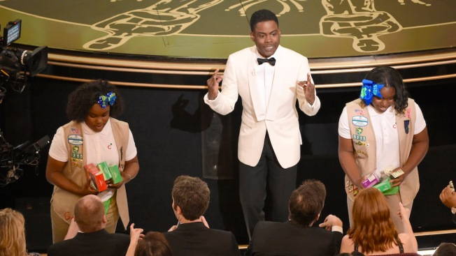 Chris Rock Just Won Major Dad Points: Sells Girl Scout Cookies for His Daughters at Oscars 2016
