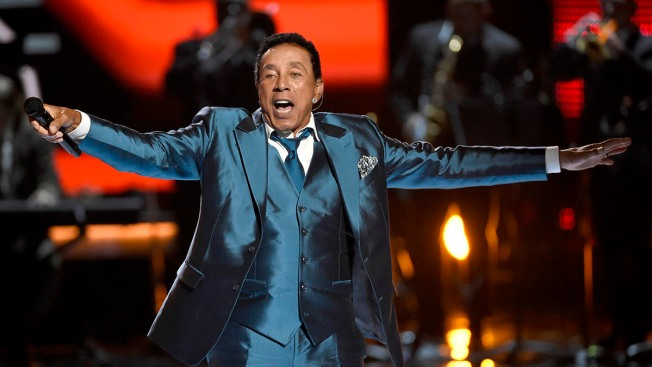 Smokey Robinson to Receive Library of Congress Award