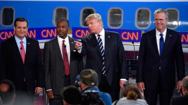 Bush, Carson Lead GOP Presidential Fundraising; Clinton Paced by Sanders