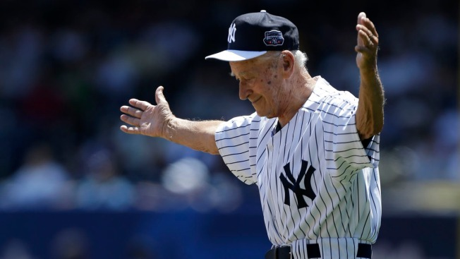 2-Time All-Star Yankees Pitcher Luis Arroyo Dies at 88