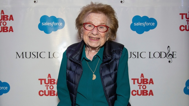 Dr. Ruth Promises to Educate Millennials With New 'Sex for Dummies'