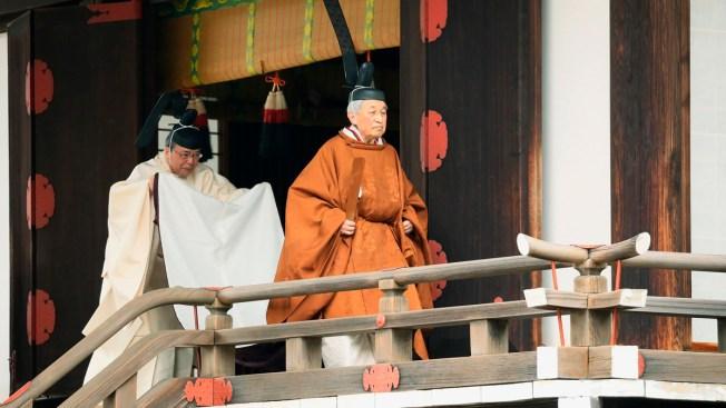 Emperor Announces Abdication as Japan Marks End of Era