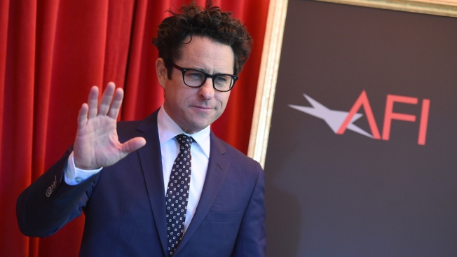 Abrams Skirts Oscars Talk for 'Star Wars: The Force Awakens'