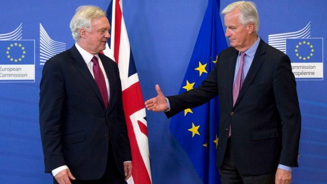 EU, UK agree on priorities, timetable for Brexit talks