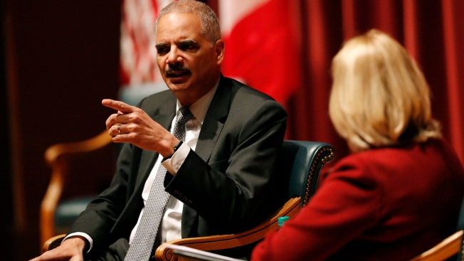 Former AG Eric Holder to Decide on 2020 Bid in a Few Weeks