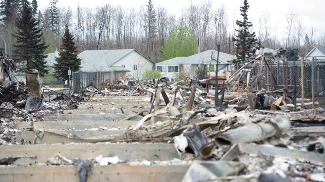 Alberta Will Have Plan Within 2 Weeks to Return Evacuees to Fort McMurray