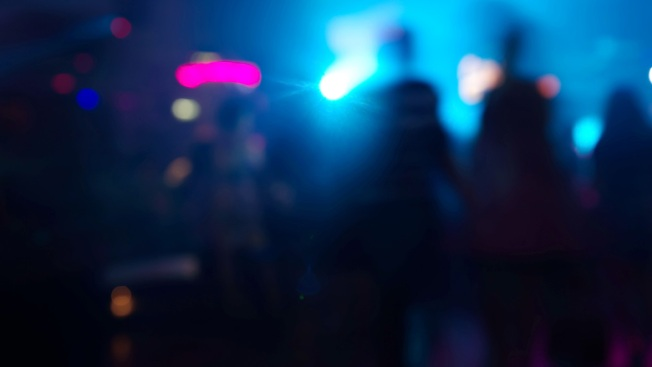 125-Pound Woman Chokes New York Bar Bouncer Unconscious Over Mistaken Butt Smack: Cops
