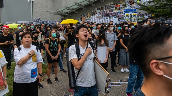 Hong Kong Pro-Democracy Rally Ends Early as Violence Erupts