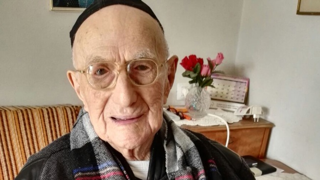 World's oldest man Yisrael Kristal dies aged 113