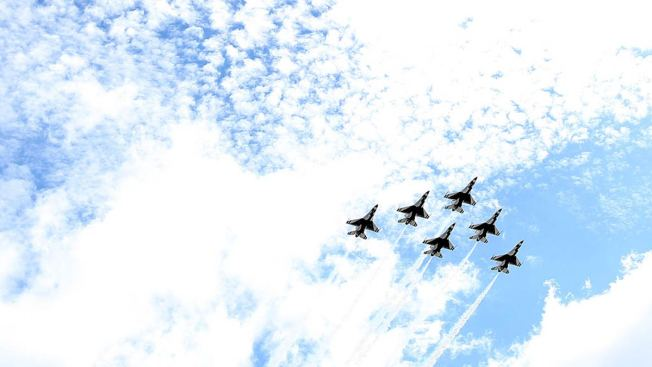 Thunderbirds Performing at Ocean City After Colorado Crash