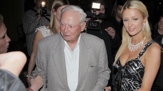 Barron Hilton, Hotelier and LA Chargers Founding Owner, Dies at 91
