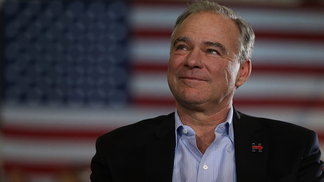 Kaine Wraps Up Whirlwind Campaign at Home in Virginia