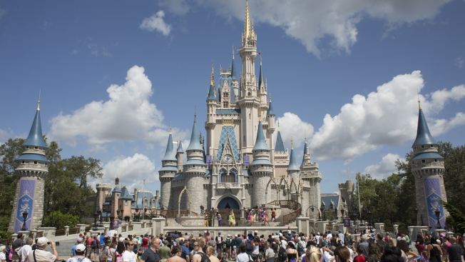Avid Football Fan Battling Cancer Gets Trip to Disney World